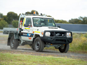 toyota-built-a-land-cruiser-70-that-runs-on-batteries