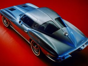 have-you-seen-these-5-incredible-split-window-cars?
