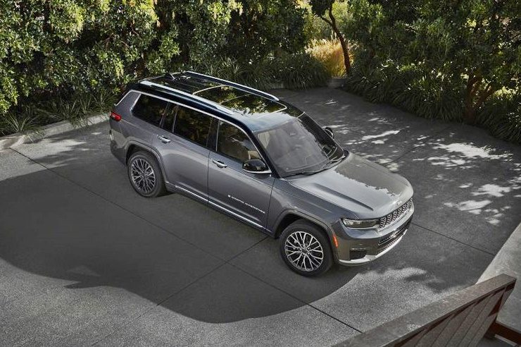 5th-generation-jeep-grand-cherokee-launched-in-north-america