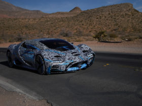 hyperion-xp-1-hydrogen-supercar-is-real,-first-prototype-hits-the-road