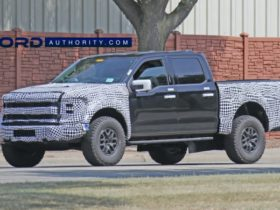 2021-ford-f-150-raptor-to-offer-turbo-v6-and-supercharged-v8-variants,-debut-february-3-–-report