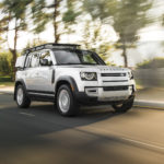 review-update:-2020-land-rover-defender-suv-looks-the-part