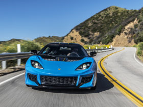 new-lotus-sports-car-to-debut-this-summer,-may-replace-all-combustion-cars-at-brand