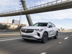 2021-buick-envision-previewed,-2021-durango-hellcat-sold-out,-2021-hyundai-ioniq-phev-review:-what's-new-@-the-car-connection