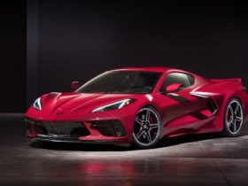 2020-chevrolet-corvette-stingray-wallpapers