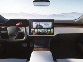 2021-tesla-model-s-and-model-x-revealed-with-airplane-yoke-steering-wheel,-plaid-performance-variants