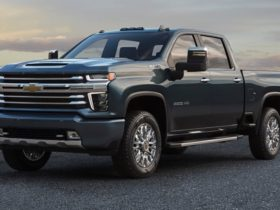 gm-to-drop-petrol-and-diesel-engines-by-2035,-but-rules-out-bigger-pick-ups