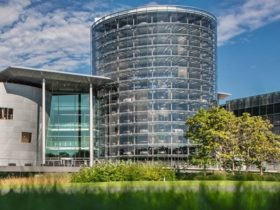 volkswagen's-transparent-factory-to-become-the-'home-of-the-id'-all-electric-model