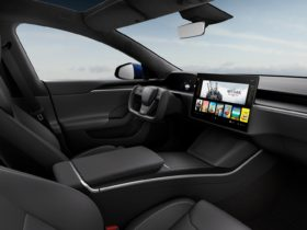 """musk:-stalkless-tesla-model-s-and-model-x-to-""""guess""""-drive-direction-based-on-context"""