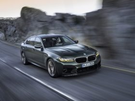 2022-bmw-m5-cs-wallpapers
