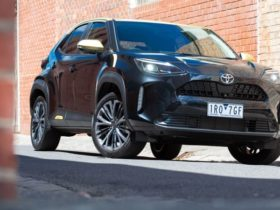 2021-toyota-yaris-cross-urban-review