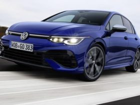 2022-volkswagen-golf-r-could-get-245kw-'plus'-flagship