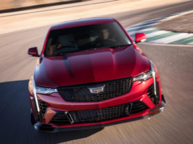 2022-cadillac-ct4-v-blackwing-first-look-review:-no-compromises