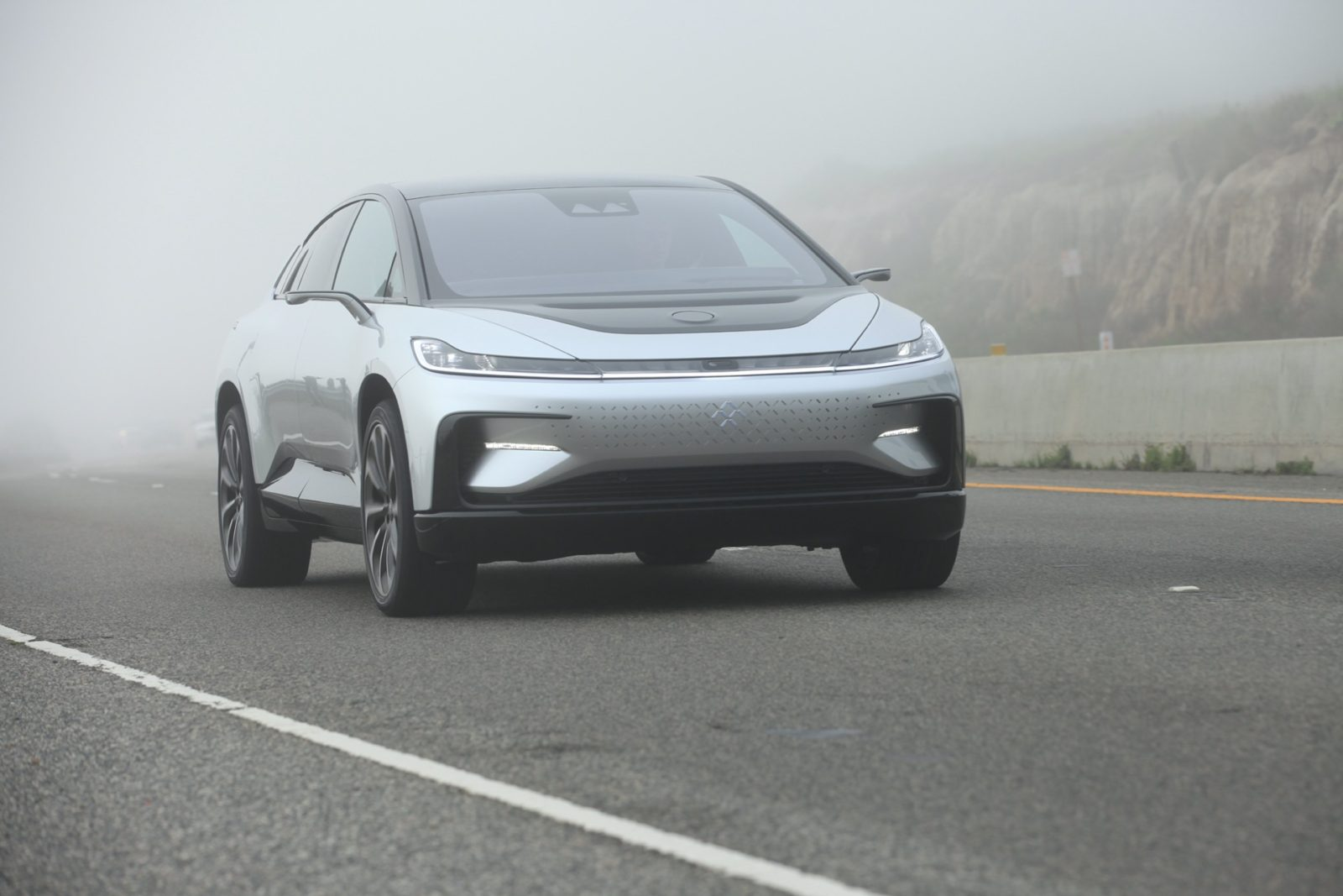 geely-invests-in-faraday-future,-may-build-cars-for-ev-startup