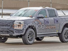 2022-ford-ranger-raptor-spy-photos:-is-this-the-new-model-or-an-fx4-max?