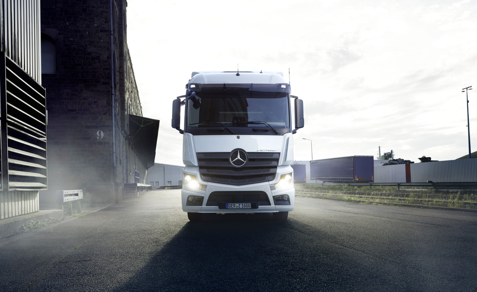 daimler-to-rebrand-as-mercedes-benz,-spin-off-truck-division