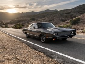 speedkore-stuffed-a-hellephant-v-8-into-a-1970-dodge-charger-for-kevin-hart
