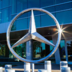 daimler-ag-to-split-up-mercedes-benz-truck-and-car-divisions