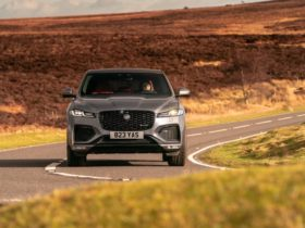 2021-jaguar-f-pace-p400-international-first-drive