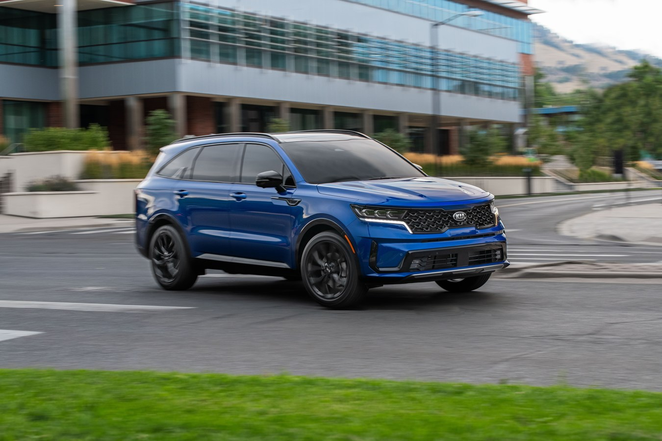 2021-kia-sorento-reviewed,-porsche-911-gt3-set-to-launch,-ioniq-price-hiked:-what's-new-@-the-car-connection
