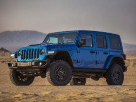 jeep-wrangler,-gladiator-recalled-for-increased-fire-risk