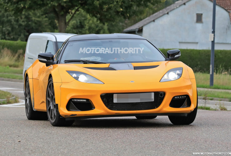 2023-lotus-type-131-spy-shots:-first-member-of-new-sports-car-range-spotted