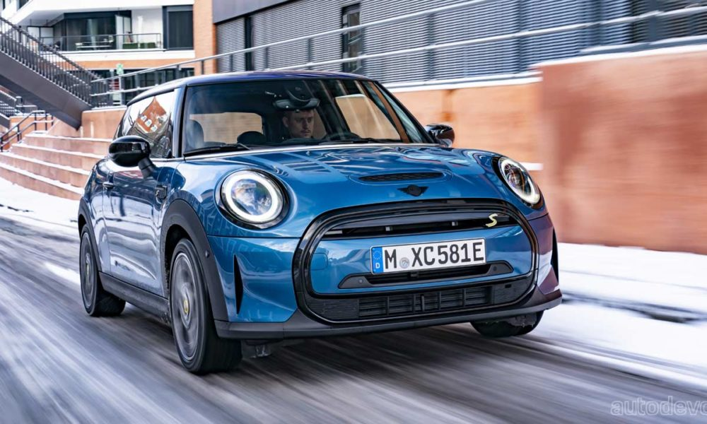 2021-mini-cooper-se-gets-an-electric-collection