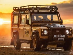 land-rover-defender-works-v8-trophy-gets-ready-for-an-adventure-competition