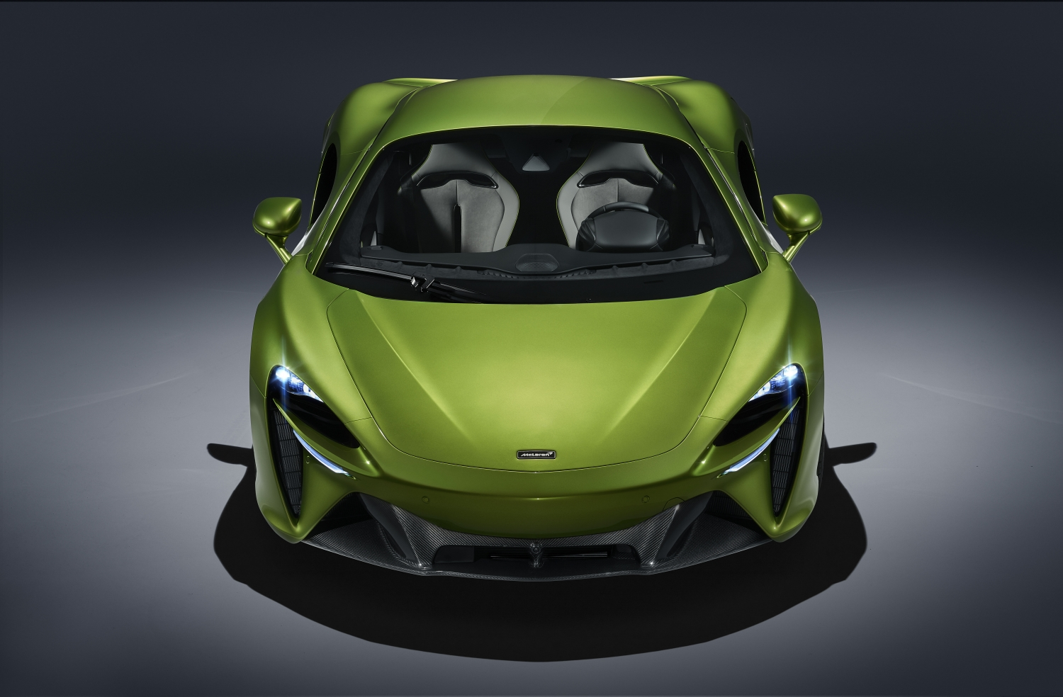mclaren-unleashes-high-performance-hybrid-supercar