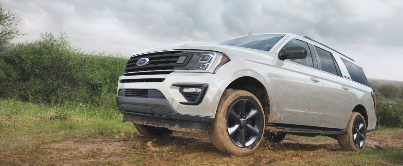 2021-ford-expedition-stx:-lower-$51,690-price-can't-match-tahoe,-armada