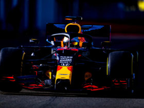 f1-engine-freeze-means-red-bull-racing-can-continue-with-honda-power-until-2025