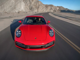 porsche-911-comes-out-on-top-in-2021-jd.-power-dependability-study