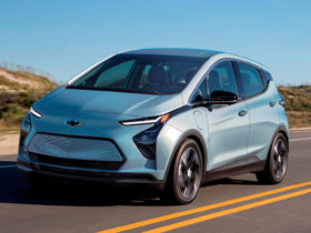 2022-chevrolet-bolt-ev-first-look-review:-back-in-business