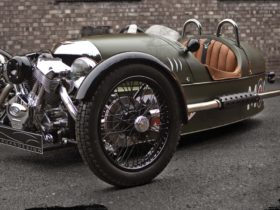 jay-leno-explains-the-history-of-the-morgan-3-wheeler-and-why-owning-one-is-so-much-fun