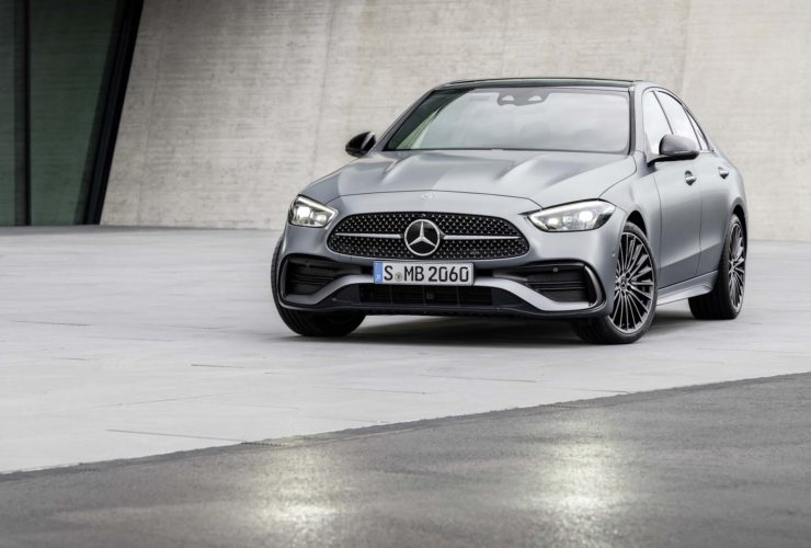 next-mercedes-benz-amg-c63-will-reportedly-be-a-plug-in-hybrid-with-a-4-cylinder,-550-hp