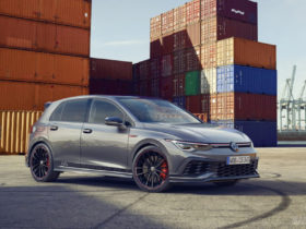 volkswagen-golf-gti-clubsport-45-debuts-as-a-birthday-special