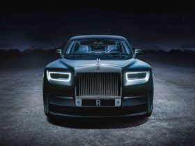 2021-rolls-royce-phantom-tempus-collection