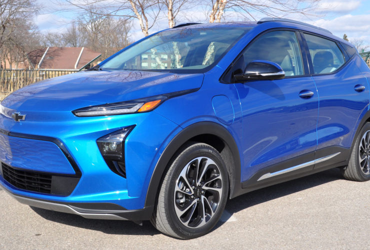 driven:-the-2022-chevrolet-bolt-euv-is-an-electric-super-cruiser