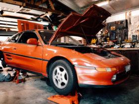 a-13-year-old's-painstaking-restoration-of-his-toyota-mr2