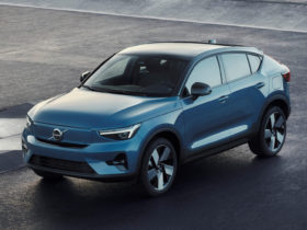 2022-volvo-c40-recharge-first-look-review:-a-new-ev-segment-is-born