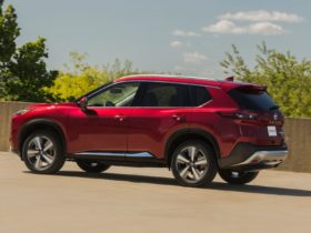 nissan-plans-rogue-safety-update,-aston-martin-amr21-revealed,-volvo's-electric-path:-what's-new-@-the-car-connection