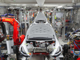 india-tempts-tesla-with-low-production-cost-promises-–-report