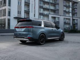 2022-kia-carnival-priced,-audi-sq8-snow-tested,-porsche-tacan-cross-turismo-previewed:-what's-new-@-the-car-connection