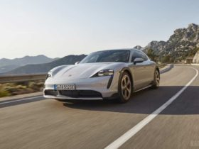 porsche-taycan-cross-turismo-debuts-as-an-electric-all-rounder