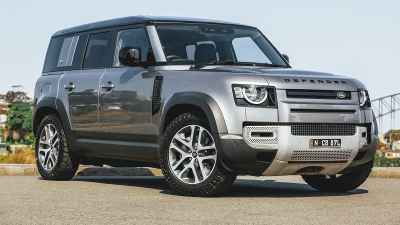 land-rover-defender-130-seven-seater-to-launch-in-2022-–-report