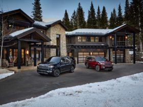 preview:-2022-jeep-wagoneer-aims-for-big-luxury