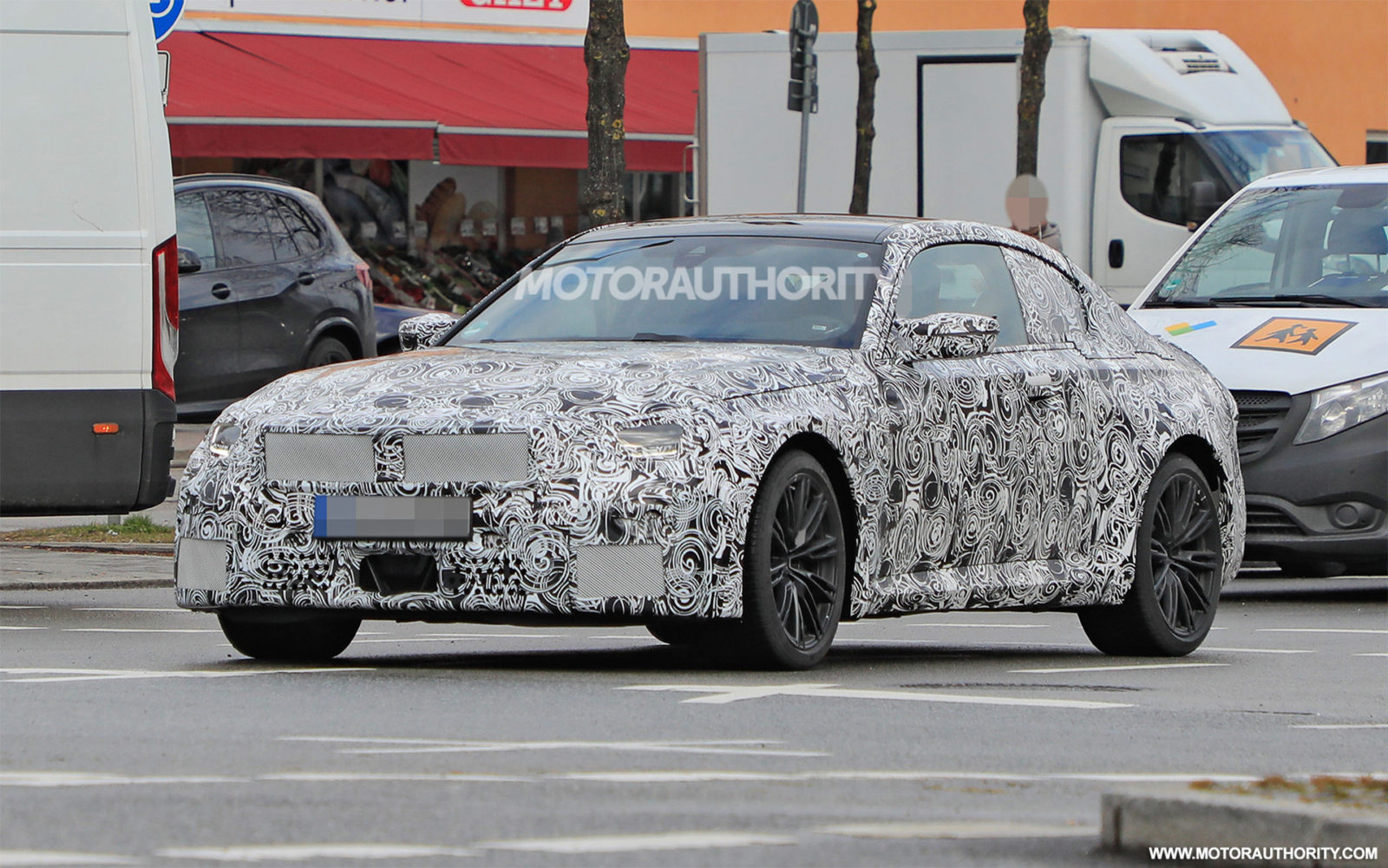 2023-bmw-m2-spy-shots:-next-generation-of-driver's-coupe-spotted