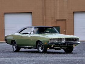 1969-dodge-charger-r/t-wallpapers