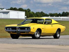 1971-dodge-charger-r/t-hemi-wallpapers