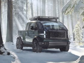 canoo-unveils-fully-electric-pick-up-truck-with-production-to-start-in-2023